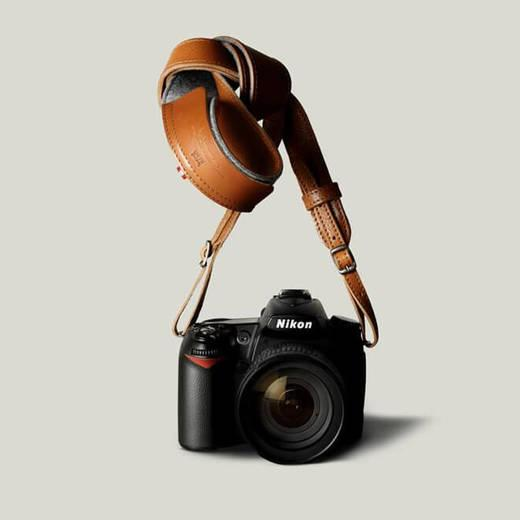 Classic Hang Camera Strap thermos